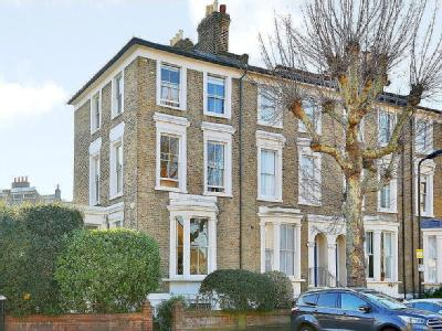 Lauriston Road, Hackney, E9 - Garden
