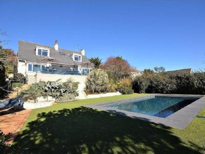 House for sale, Cliff Road - Modern