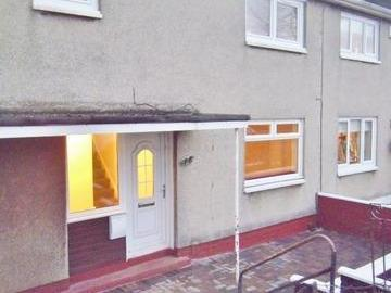 House to rent, Airdrie, Ml6 - Garden