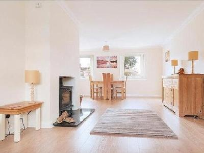 House to let, Currie, Eh14 - Garden