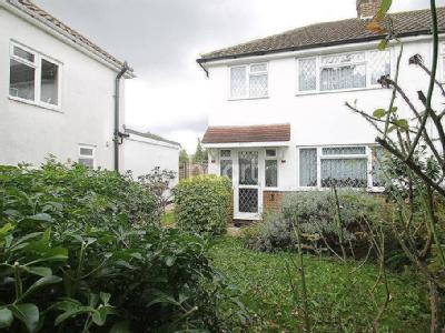 House to rent, Lodge Way TW17