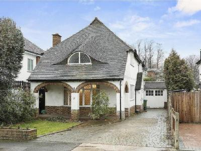 Onslow Way, Thames Ditton, Surrey, KT7