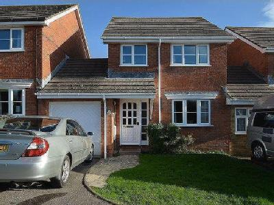 Three Bedroom Link Detached House, Putton Lane, Chickerell