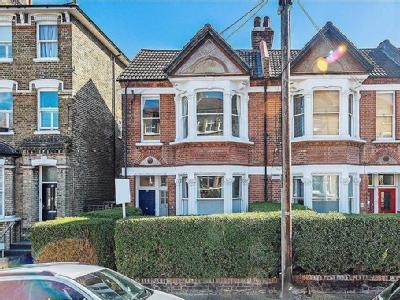 4 flats and apartments for sale in balham high road sw12 london ramsden road balham victorian malvernweather Gallery