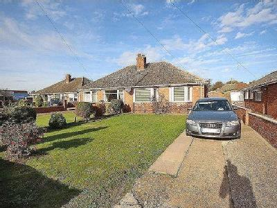 THORNTON PLACE, IMMINGHAM - Bungalow