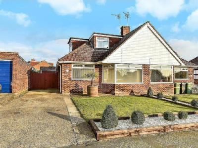 Bramley Crescent, Bearsted - Modern