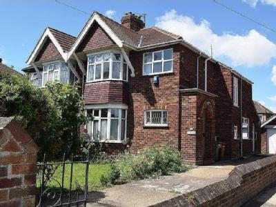 Clee Road, Grimsby - Semi-Detached