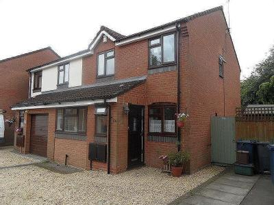 STOKENCHURCH - three bedroom semi detached house