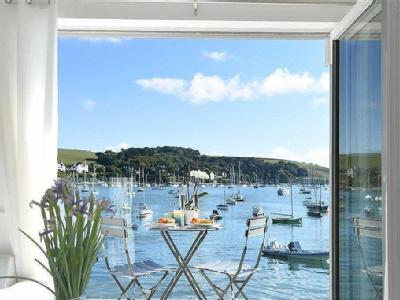 Seaview Cottages, Falmouth, Cornwall, TR11