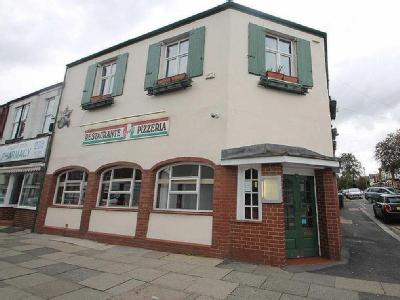 Monton Road, Monton - Semi-Detached