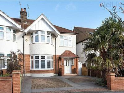 Bressey Grove, South Woodford, London E18