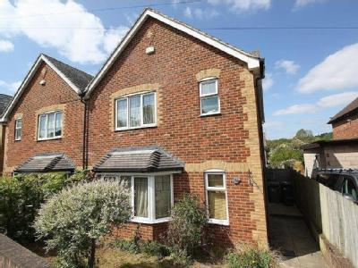 House to let, New Road
