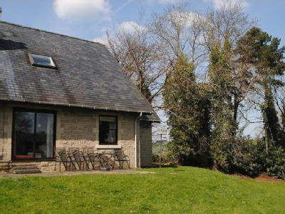 House to let, Thornley Gate - Garden