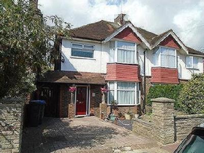 House to let, West Worthing - Garden
