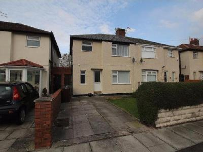 House to rent, Moorland Road - Modern