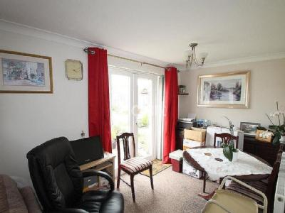 House for sale, South Luton - Terrace
