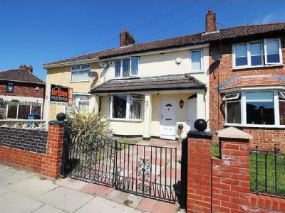 House for sale, Drake Road - Terraced