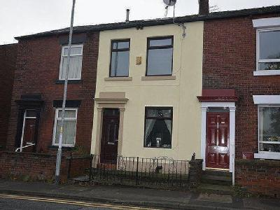 Edenfield Road, Rochdale - Garden