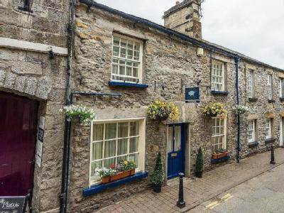 The Blue Pig, 4 Mill Brow, Kirkby Lonsdale