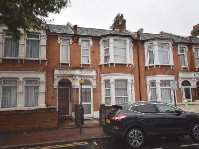 Browning Road, London E12 - Patio