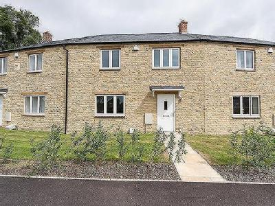 House to let, Bladon OX20 - Terraced