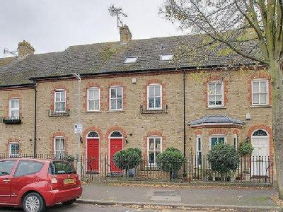 House to rent, Canterbury - Terraced