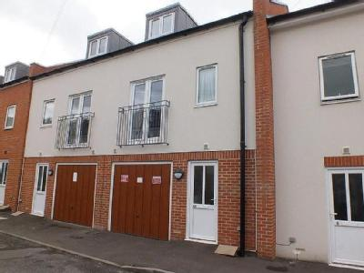 House for sale, Nr Town Centre