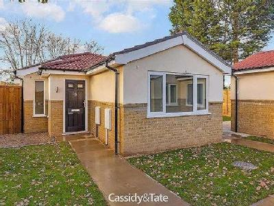 House for sale, Willow Way - Bungalow