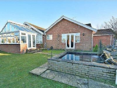 House for sale, George Lane - Garden