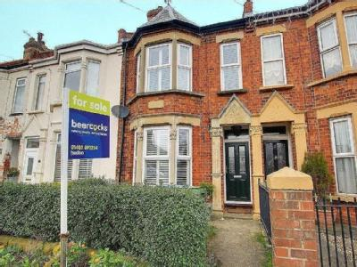 House for sale, Hull Road - Fireplace