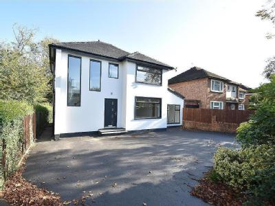 Flat for sale, Manor Drive - Garden