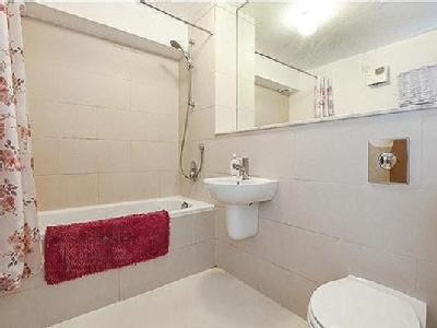 Flat for sale, Wapping - Balcony