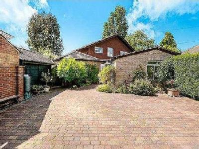 House for sale, Kings Road - Garden