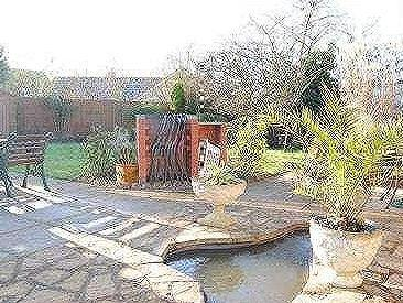 House for sale, Ffolkes Drive - Patio