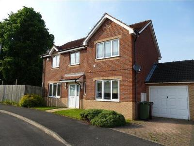 House to let, Millers Croft - Garden