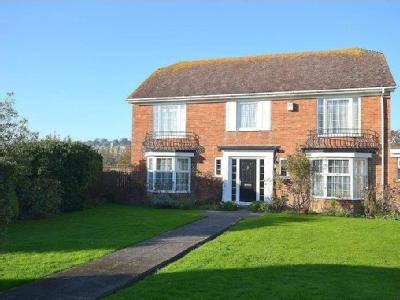 House to rent, Fisher Close - Garden
