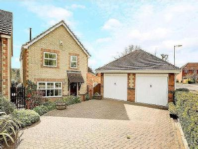 House for sale, College Fields