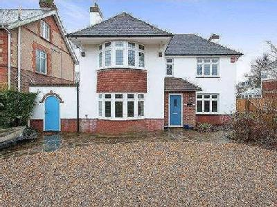 House for sale, Beach Road - No Chain