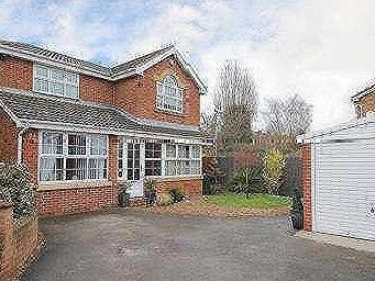 Stoney Bank Drive - Detached, Garden