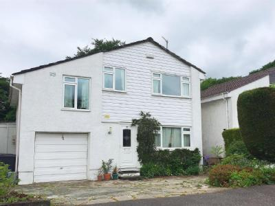 House for sale, Westfields - Detached