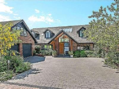 House for sale, Lake Drive - Garden