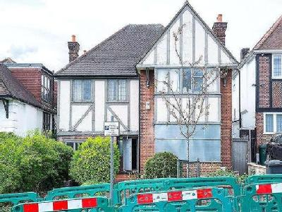 House for sale, Armitage Road