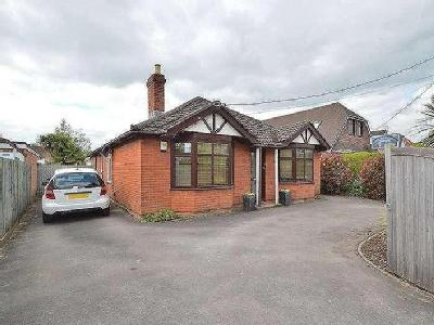 House for sale, Leigh Road - Detached