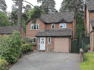House for sale, Monument Chase