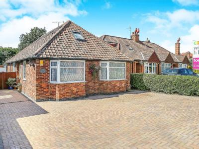 House for sale, York Road - Bungalow