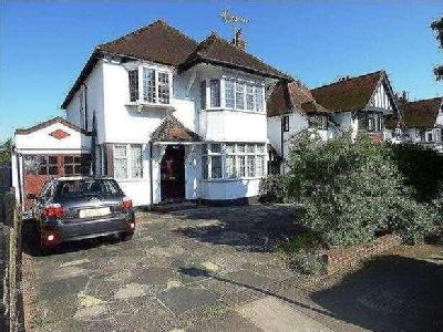 House for sale, Meadway - Lift