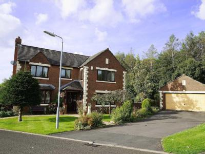 House for sale, Wenlock Close - Patio