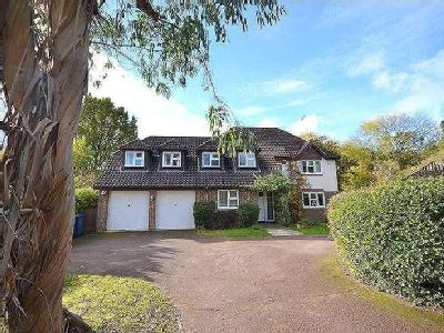 House for sale, Rowhills Close