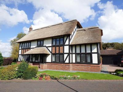 House for sale, Vicarage Close