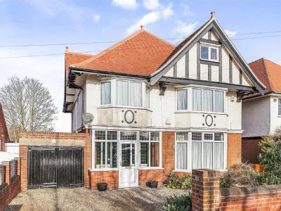 House for sale, Fronks Road - Garden